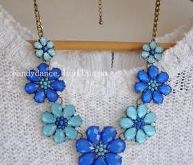 Blue Flowery Jewel C..